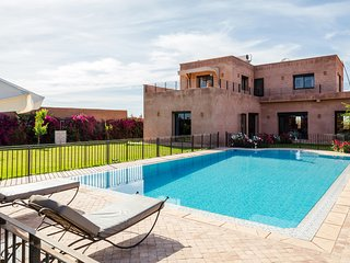 Large family villa in the countryside, Marraquexe