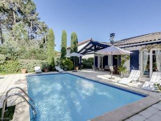 Charmante villa avec piscine au Cap Ferret