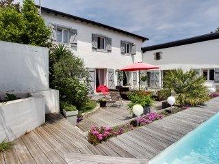 Maison avec studio indépendant et piscine, Anglet