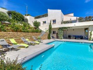 Villa contemporaine vue sublime