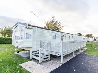 Ref 70524 Cherry tree Stunning  8 Berth caravan near Great yarmouth., Belton