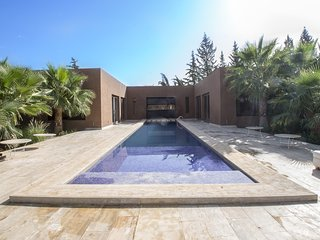 Havre de paix contemporain aux portes de Marrakech