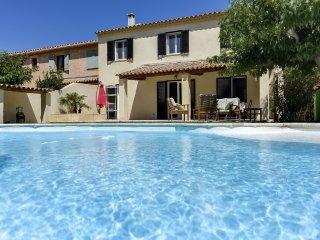Sympathique maison familiale avec piscine