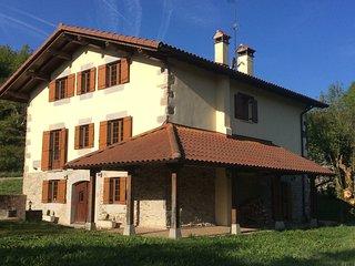 Casa Rural IDIARA Disfruta de la naturaleza sin que te falten comodidades, Bizkarreta-Gerendiain