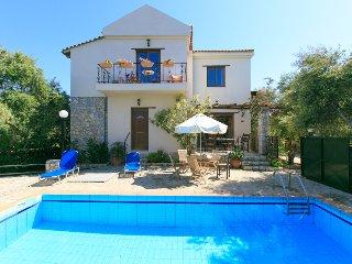 Villa Tzina, Tavronitis