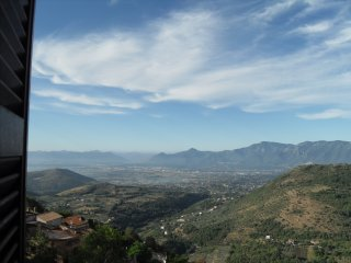 Belvoir - 1 Bed Apartment - An hour south of Rome with wonderful mountain views
