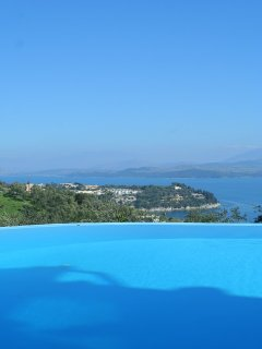 Private infinity pool with panoramic views