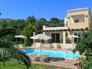 Villa Mary, Gerani