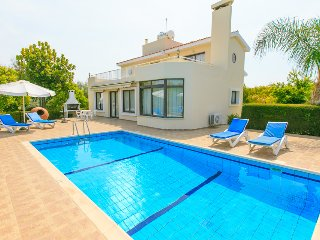 Villa Mandora