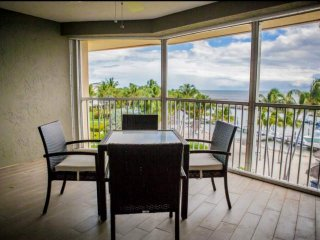 *Oct/Nov Promo * Luxurious Ocean View Condo w/Heated Pool & Jacuzzi