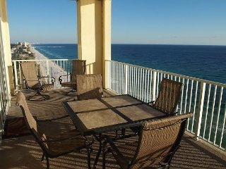 New! Platinum Level Gulf Front Corner Unit. Free Beach Service and Free Wifi.