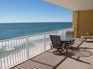 Relax and Enjoy this Tropic Winds 2/2 Condo w/ XL Balcony and Beach Service!, Panama City Beach