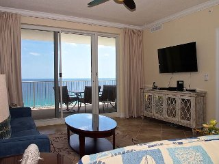Sit Back, Relax, and Enjoy the Beach in this Gulf-front Condo, Great Location