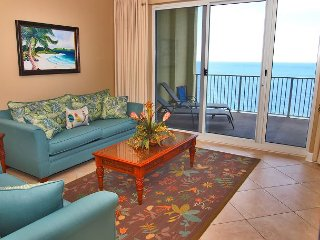 BEACH FRONT! 2/2 at Ocean Reef; BOOK NOW for Great Deal! FREE BEACH SERVICE!