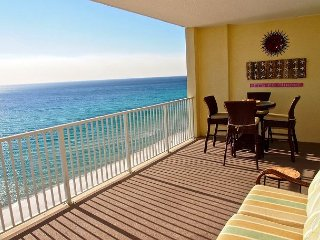 Gorgeous Ocean Reef 2 BR Gulf Front W/FREE Beach Service! Close to Pier Park