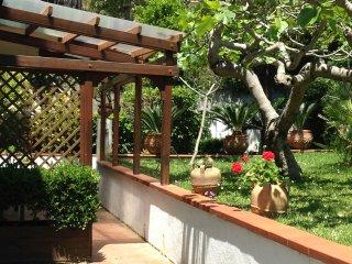 Appartamento centrale con giardino