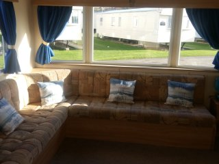 Private Mobile Home to rent on 5* Haven Site. Soon to be upgraded to 2017 model, Chickerell