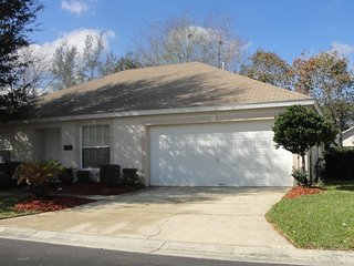 This beautiful Paradise Woods 3/2 pool home is conveniently located, but just