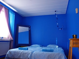 Blue room - private double beds