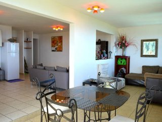Appartement Punavai Piti - résidence piscine et vue mer - Tahiti - 3 pers