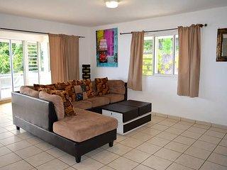 Appartement Punavai Toru - 2 chambres -piscine et vue mer - Tahiti - 4 pers
