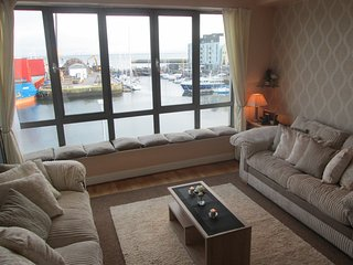 Luxury City Center with Sea View -Best Location, Galway