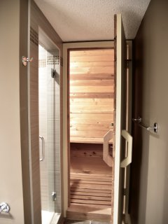 Bathroom A with sauna
