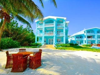 B2 Sunset Beach Condos in Belize (3br Sleep 8)