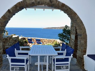House by the sea in Tinos (A-2bdr) - Stavros Bay