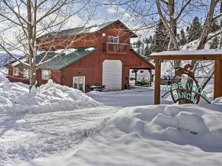 NEW! 'Rendezvous' 1BR Cashmere Cabin on 80 Acres!
