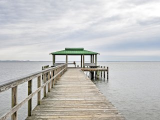 NEW! 2BR Shady Side House on Chesapeake Bay!