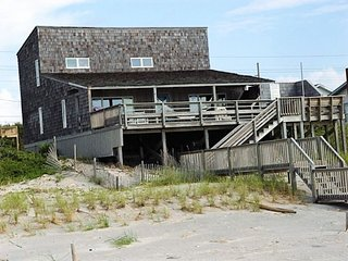 Apex House, Emerald Isle