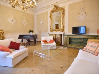 Palazzo Pannilini - LUXURY - historical building in Siena