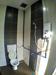Toilet (Water heater, Ceiling Exhaust)