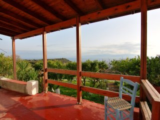 """Seaview"" traditional cottage with breathtaking views close to rural beaches, Katelios"