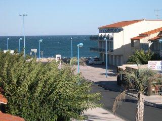 vos vacances en Mediterranée à 150 m de la plage.