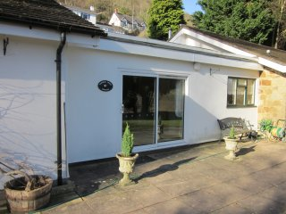 Paddocks Holiday Cottages - Mimosa, Symonds Yat