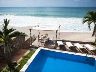 Luxury Beachfront Villa in Best Area of P.Vallarta-Private Pool & Staff Included