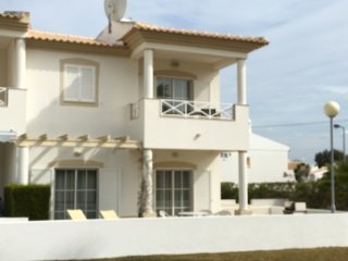 Luxury Villa in Albufeira, pool, peaceful, close to Beach, Town, Strip + WiFi, Olhos de Agua