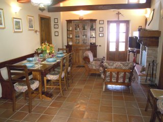 Il Canale Apartment near Barga