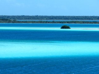 """Oasis Suites Bacalar """"Casa Aves"""""""