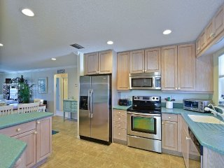 Top Floor End Unit Directly Across the Street from Siesta Key public beach