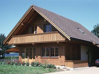 Betreute Ferien (für Senioren) im Pierre-à-Baus in der Schweiz (Vollpension)