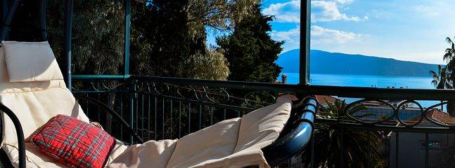 Balcony swing sun-bed
