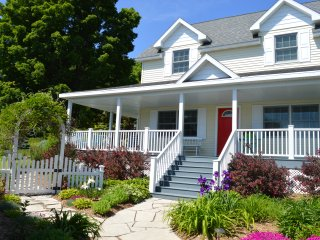 Carraig Mor Cottage, Luxury In The Heart Of Door County, Baileys Harbor