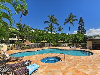 Maui Banyan Q204 2 bed/2 bath See it with 3D Walk through! By Kamaole Beach!