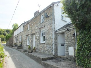 Annwylfan (2181), Newport -Trefdraeth