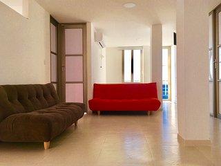 EDIFICIO MIRAMAR Apartamentos y Habitaciones
