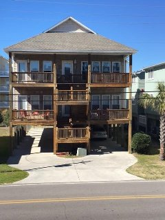 LUXURY SILVER SEAS, 4 BDR HOME BY THE BEACH WITH ELEVATOR, KINGS, QUEENS, & DVRS