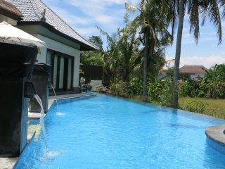 Villa Nitras Canggu 'Special Promotion '-  Luxury 1-3 bedrooms Villa
